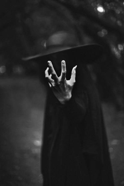 Винкс свидание черная магия как заставить человека молчать аренде