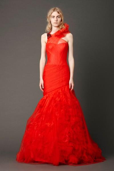 vw_spring-2013_bridal_look-2_front.jpg_cropped_979a939ca2643f0a69b6cab6962ae6eb_400x600