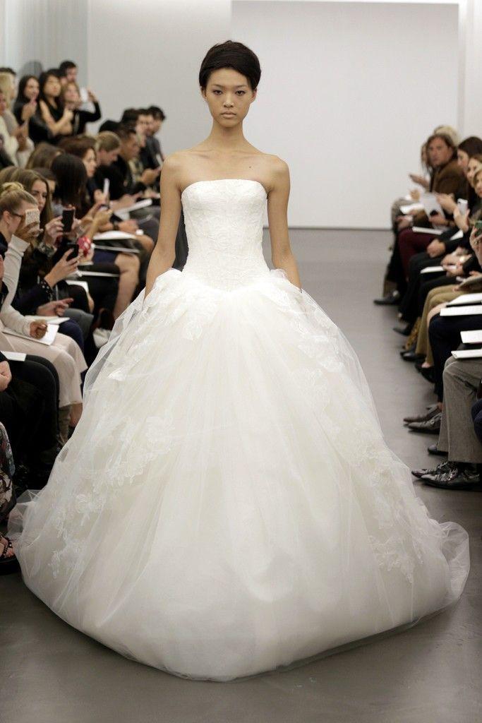 vera-wang-wedding-dress-fall-2013-bridal-12__full - копия