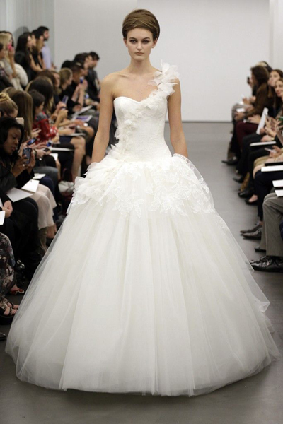 vera-wang-wedding-dress-fall-2013-bridal-8__full - копия