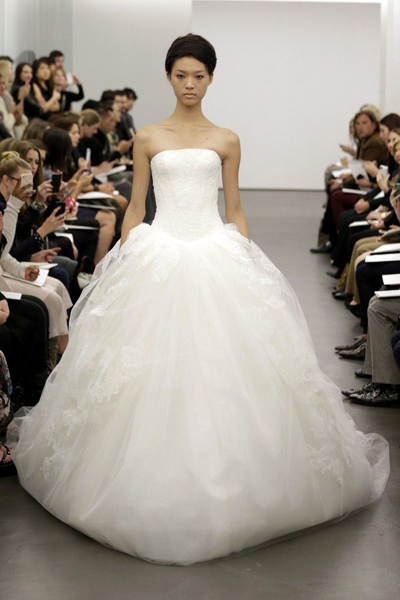 vera-wang-wedding-dress-fall-2013-bridal-12__full - копия