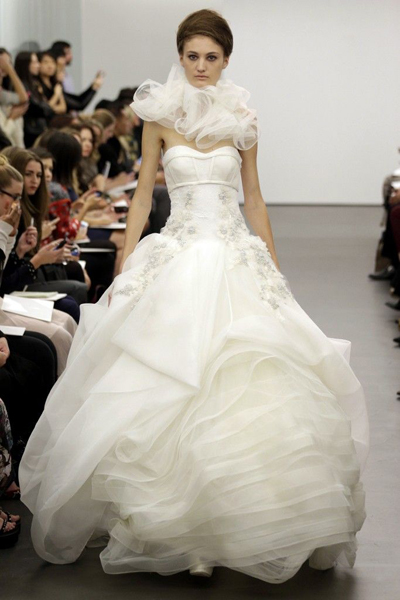 vera-wang-wedding-dress-fall-2013-bridal-15__full - копия