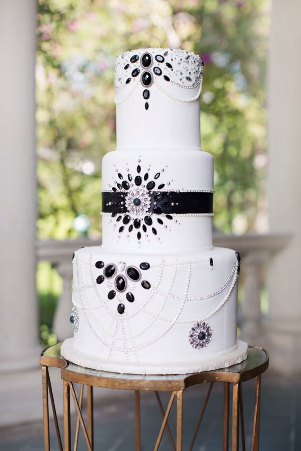 cake_black_three_tier_pearl_art_deco_gatsby_accent_embellished (1)