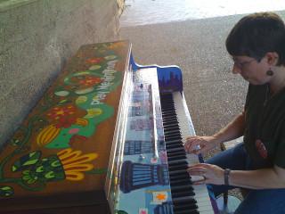 8-11-10 Sawyer Point Piano
