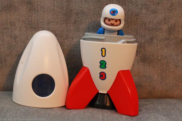 playmobil ракета и космонавт