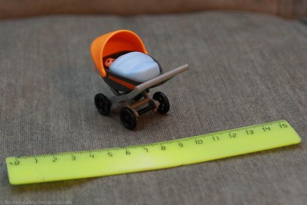 playmobil малыш в коляске люльке с линейкой