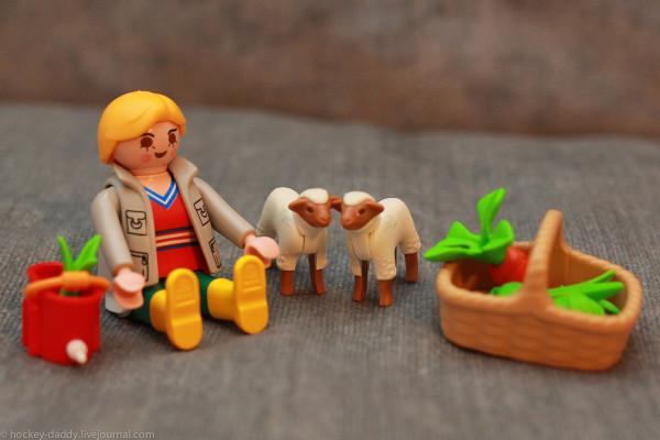 playmobil девушка с овцами