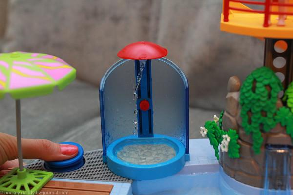 playmobil бассейн душ