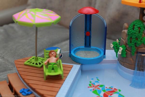 playmobil бассейн шезлонг и зонтик