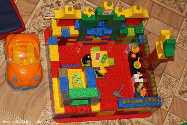 замок-лего