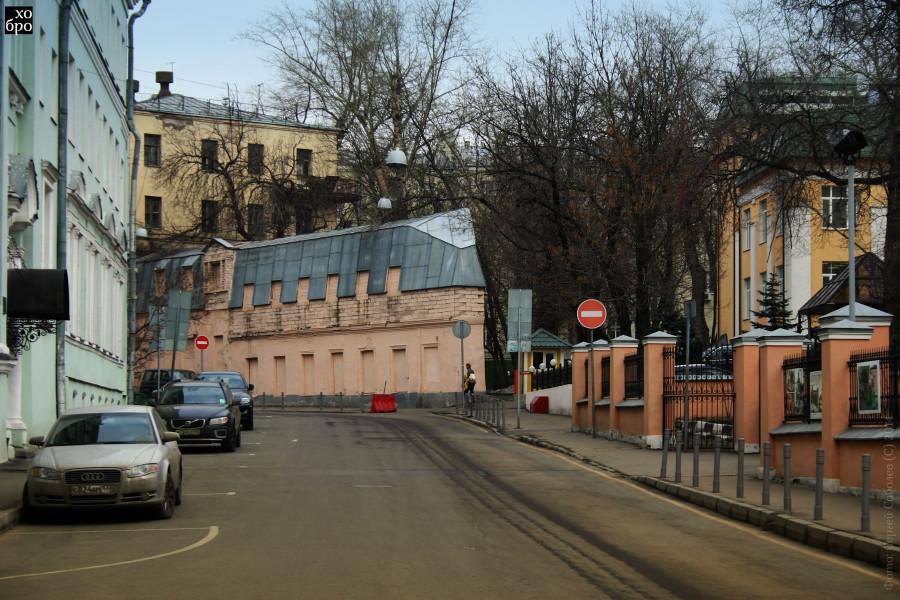 Настоящий-дом-утюг-в-Москве