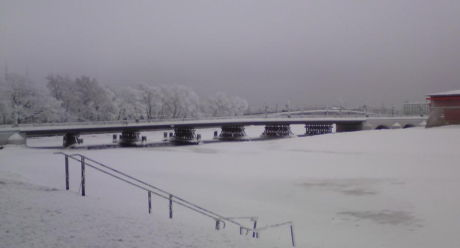 январский мост