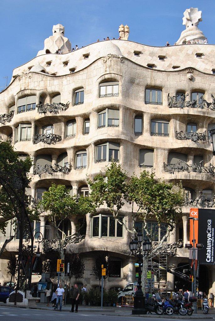 La Pedrera (Antonio Gaudi)