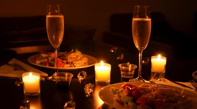 """Картинки по запросу """"Как подготовиться к романтическому вечеру дома"""""""