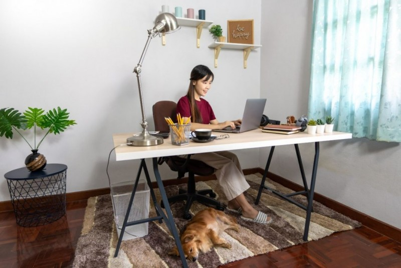 homeoffic-escritorio-laptop-cmputadora-pc-oficina-secretariae-1068x713