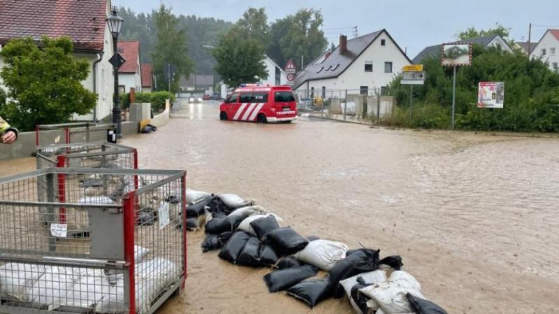 AIN-Unwetter-Regen-Starkregen-Gewitter-UEberflutung-UEberschwemmung-