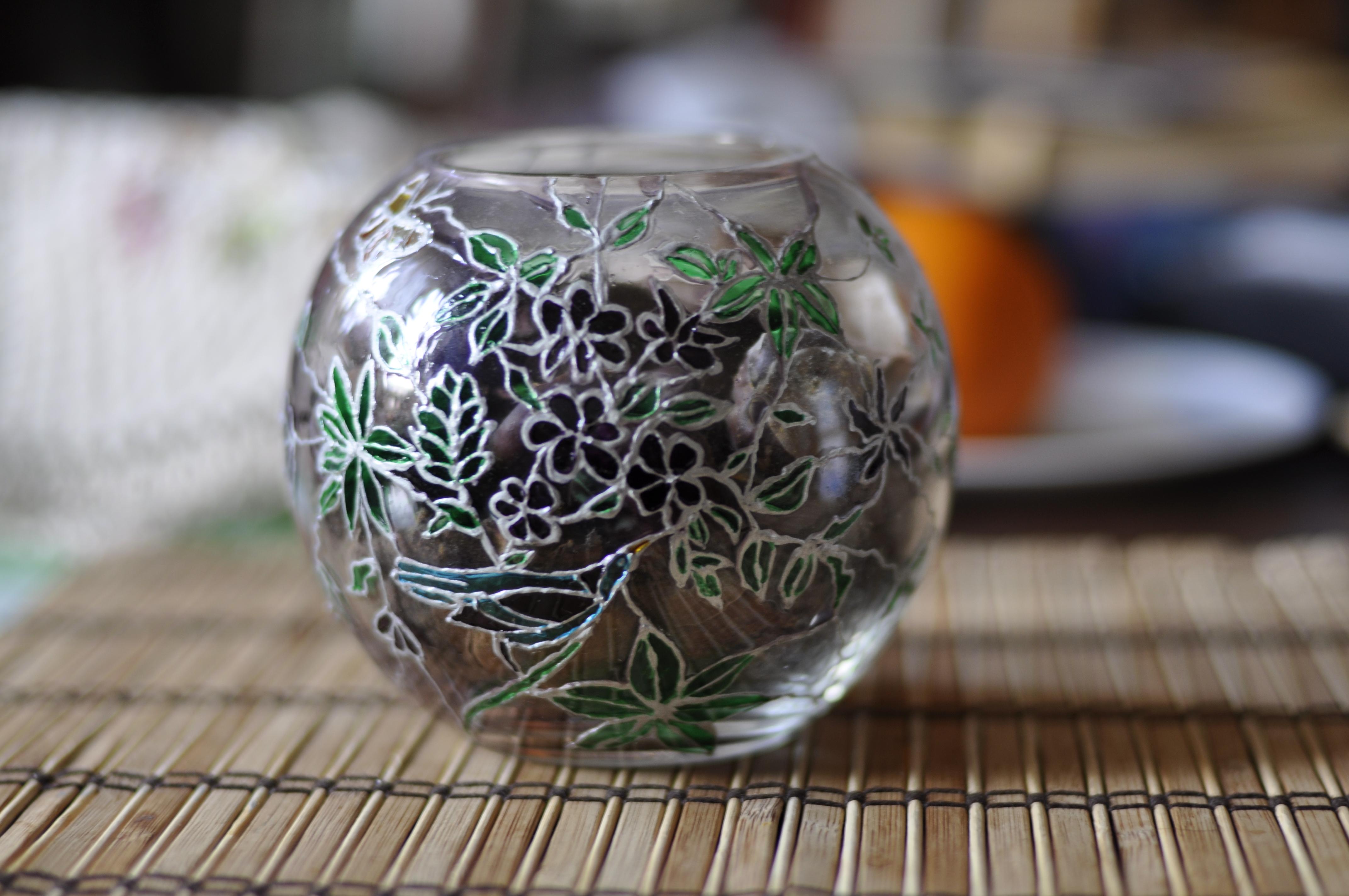 сентябрю картинки по стеклу на вазочке бурбонские розы