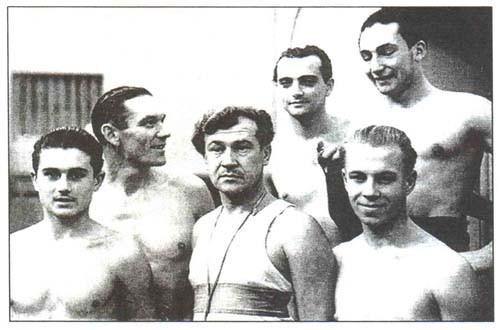 Лидеры динамовского плавания 50-х годов
