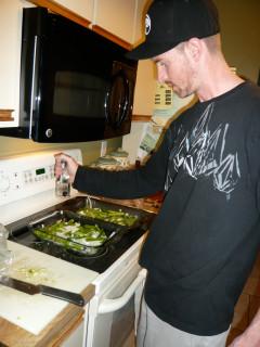 Lucas Starbuck makes the famous fajita recipe for Uncle Hoppy & family