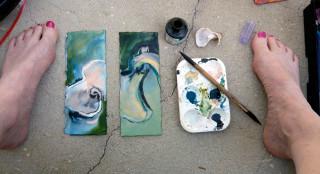 Honoria's outdoor studio by Hoppy's pool