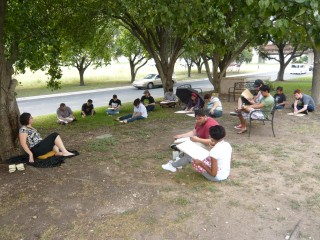 Honoria's Gestrure Class drawing outside August 2010