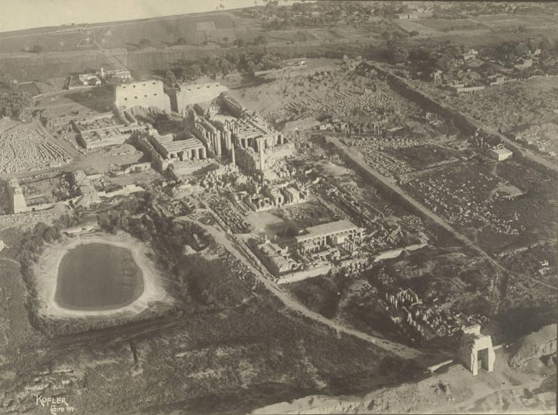 Temple_Complex_at_Karnak_1914.jpg