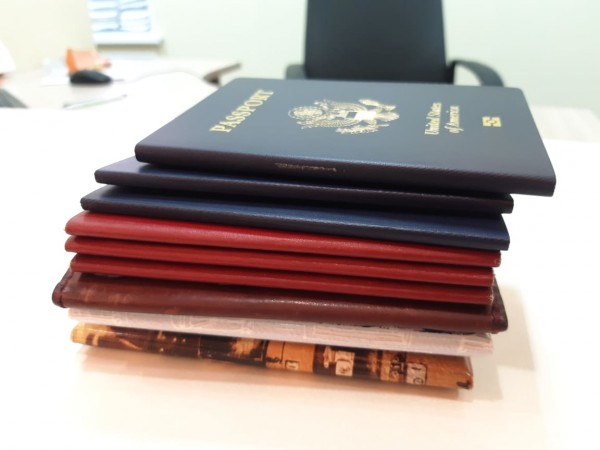Как я сдалась в иммиграционную службу, и/или Последние новости