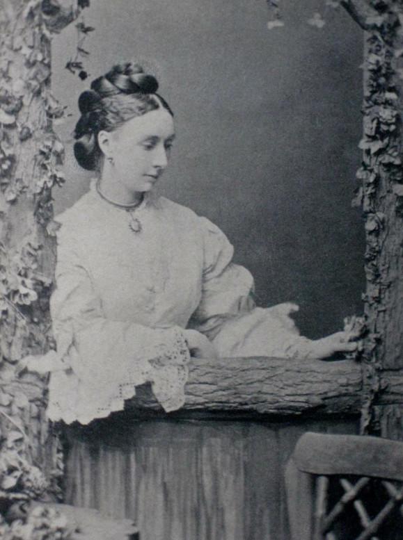 Louisa Lucy Hely Hutchinson, жена 3-го баронета, мать 4-го баронета