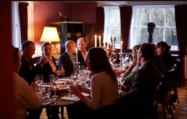 Гости ужин-клуба в Уэстон-холле