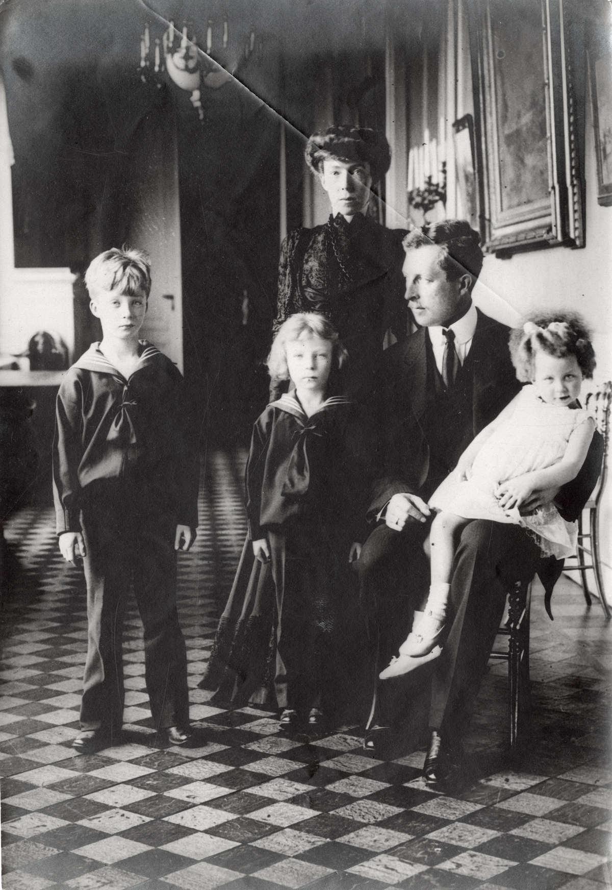 Семья наследника бельгийского престола