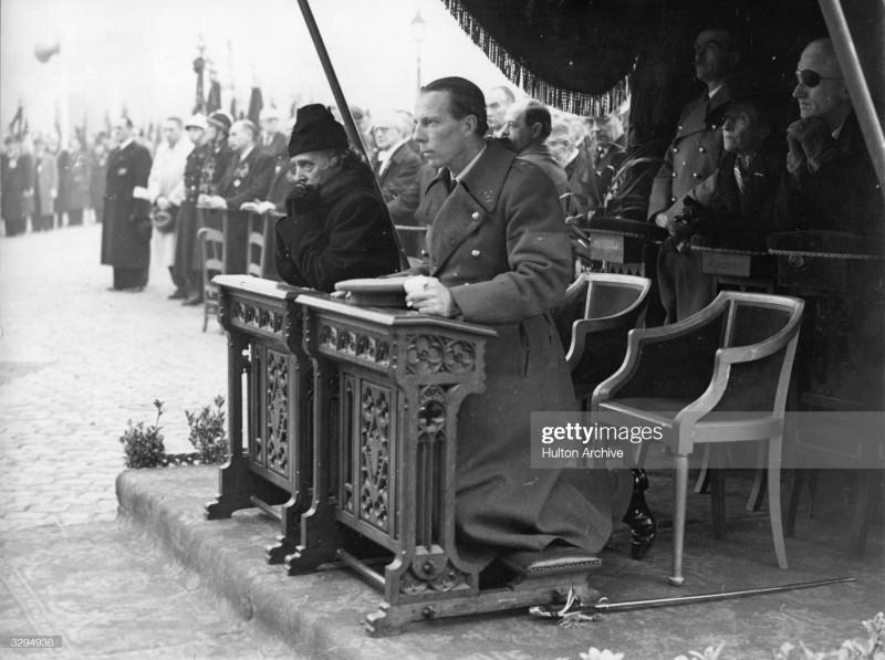 11 октября 1944 г. Шарль и Елизавета. Месса в память бельгийцев, расстрелянных немцами как политических заключенных