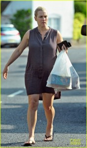 kate-winslet-im-holding-up-fine-with-pregnancy-01