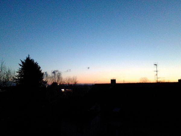 Рассвет, странные облака