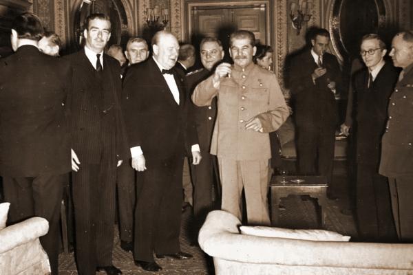 Победу над Гитлером одержала антигитлеровская коалиция