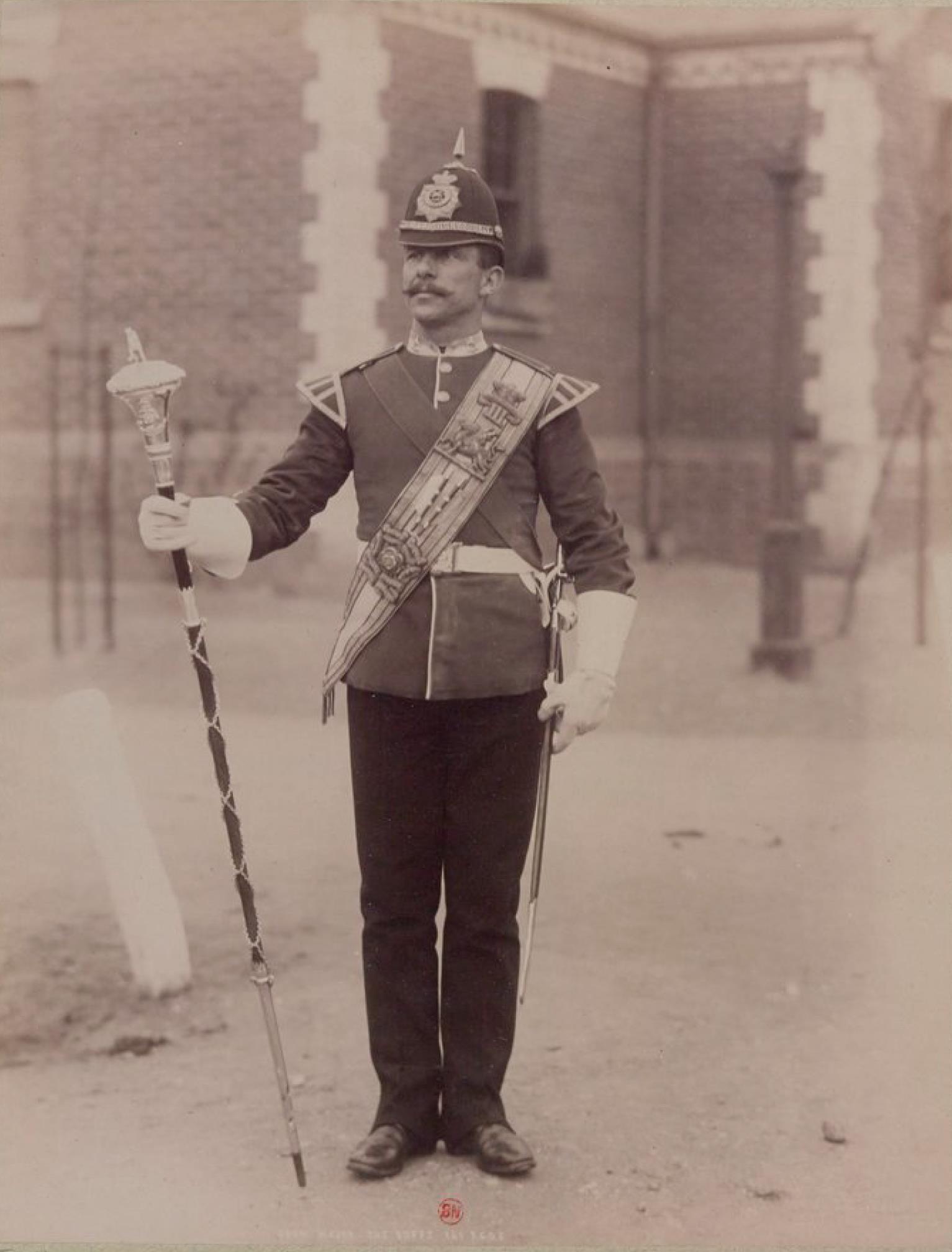 Баффы (Королевский Восточный Кентский полк), ранее 3-й полк пехоты. Старший полковой барабанщик