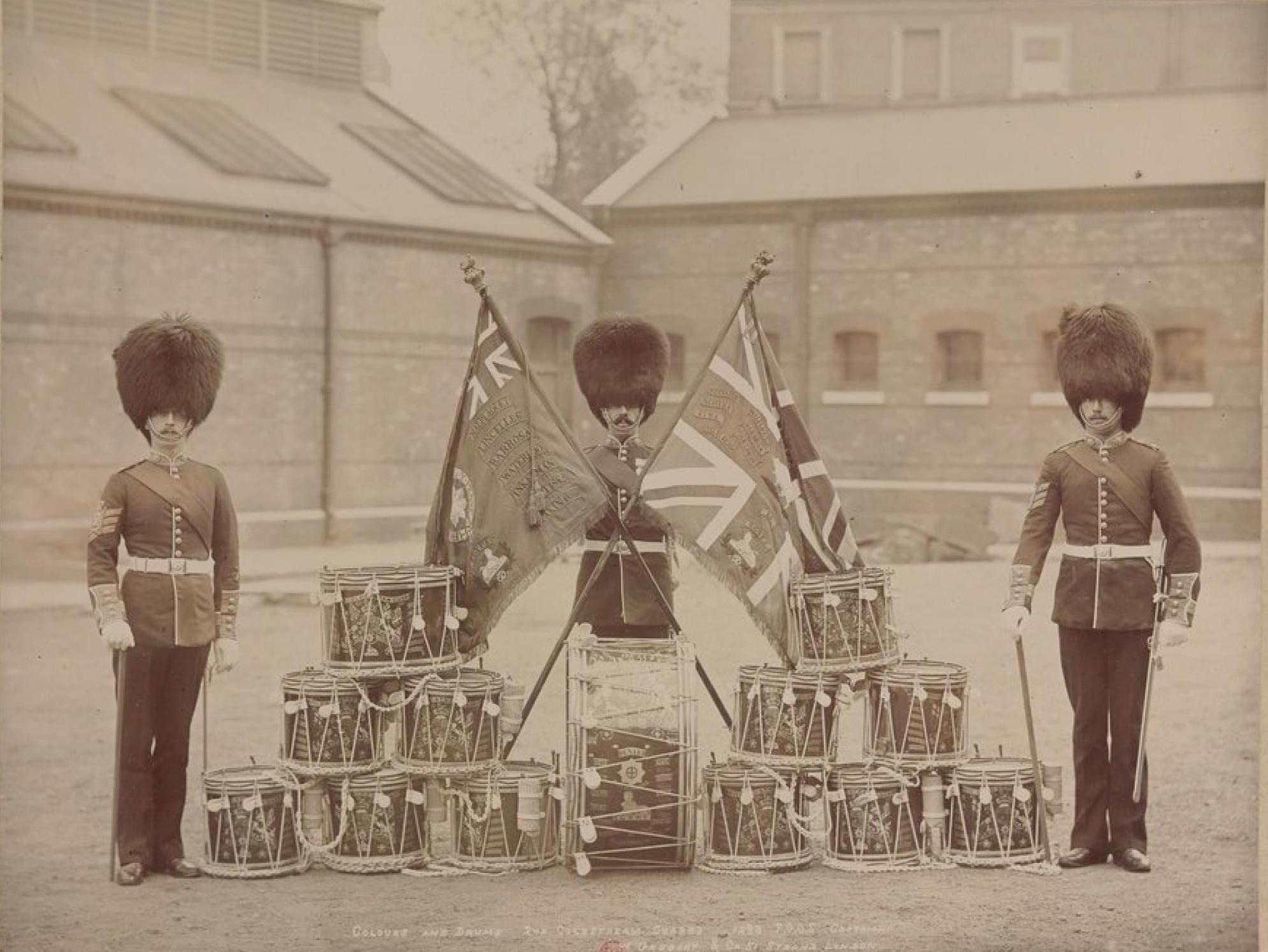 Знамена и барабаны. Колдстримский пехотный гвардейский полк Её Величества