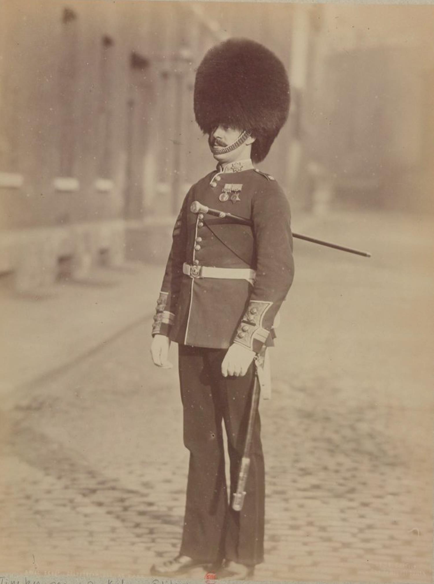 Сержант-инструктор по строевой подготовке. Колдстримский пехотный гвардейский полк Её Величества