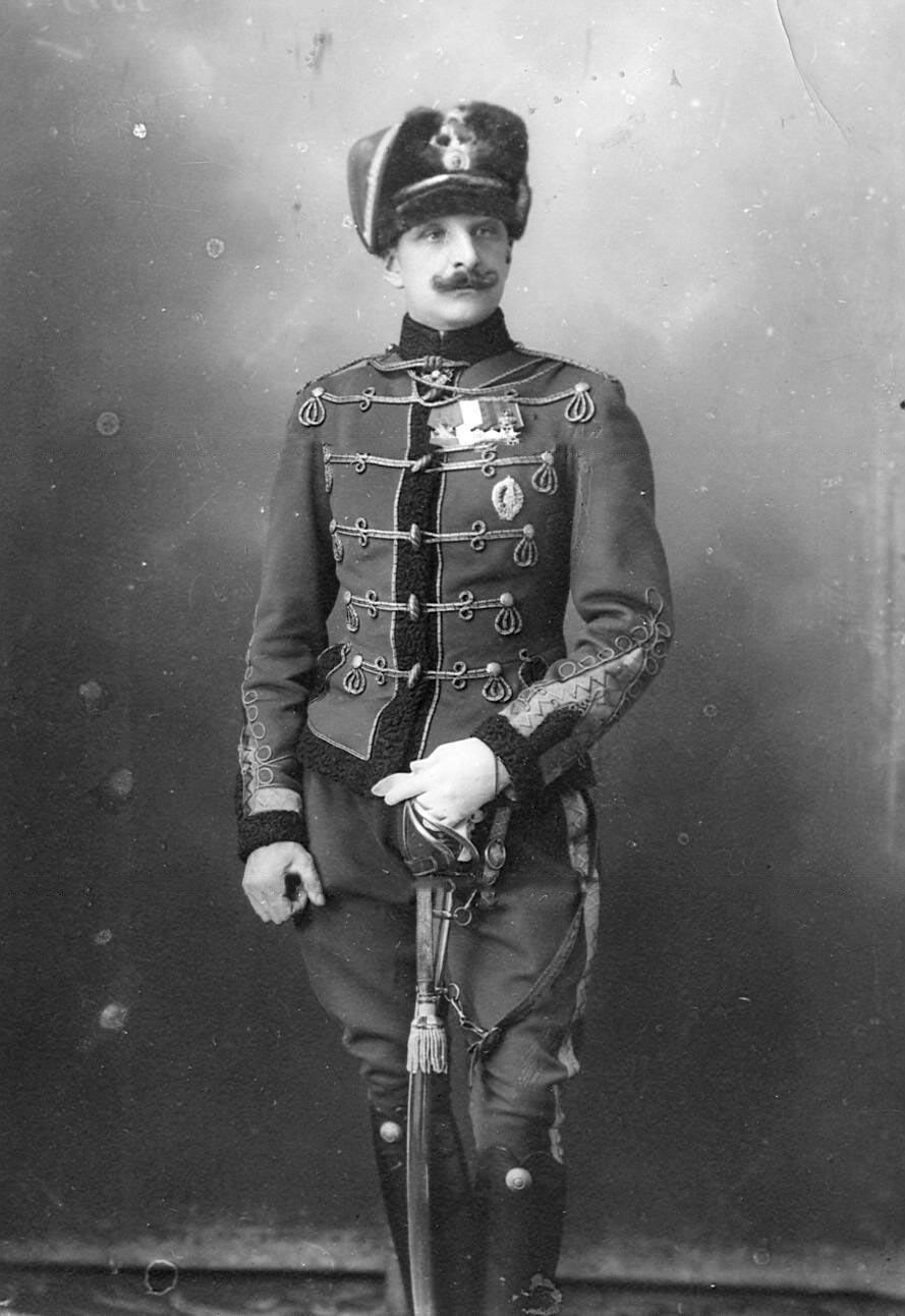 1916-1917.  Офицер Гусарского полка Фредерикс .