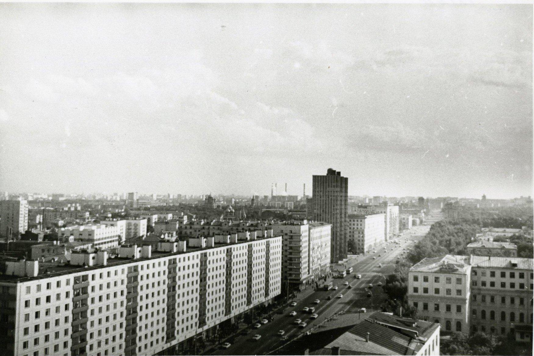 1970-е. Вид на Ленинский проспект.12