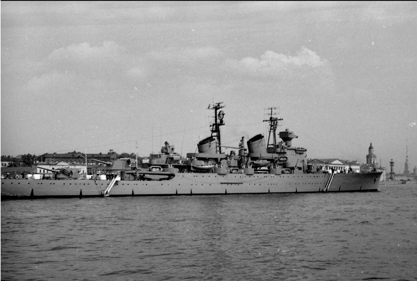 04. Флагман эскадры крейсер «Tre Kronor»