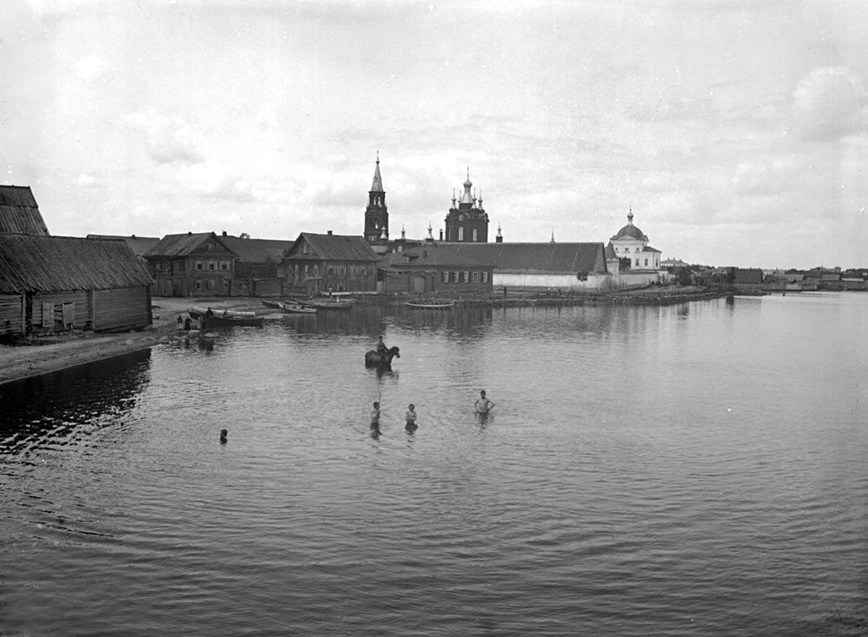 Общий вид Знамеского женского монастыря. 1903