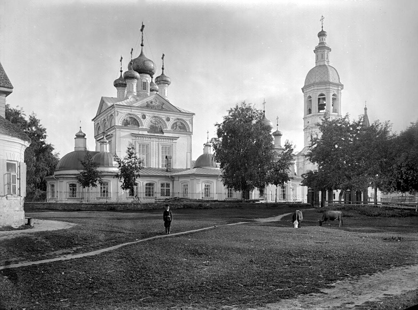 Общий вид Троицкого собора. 1903