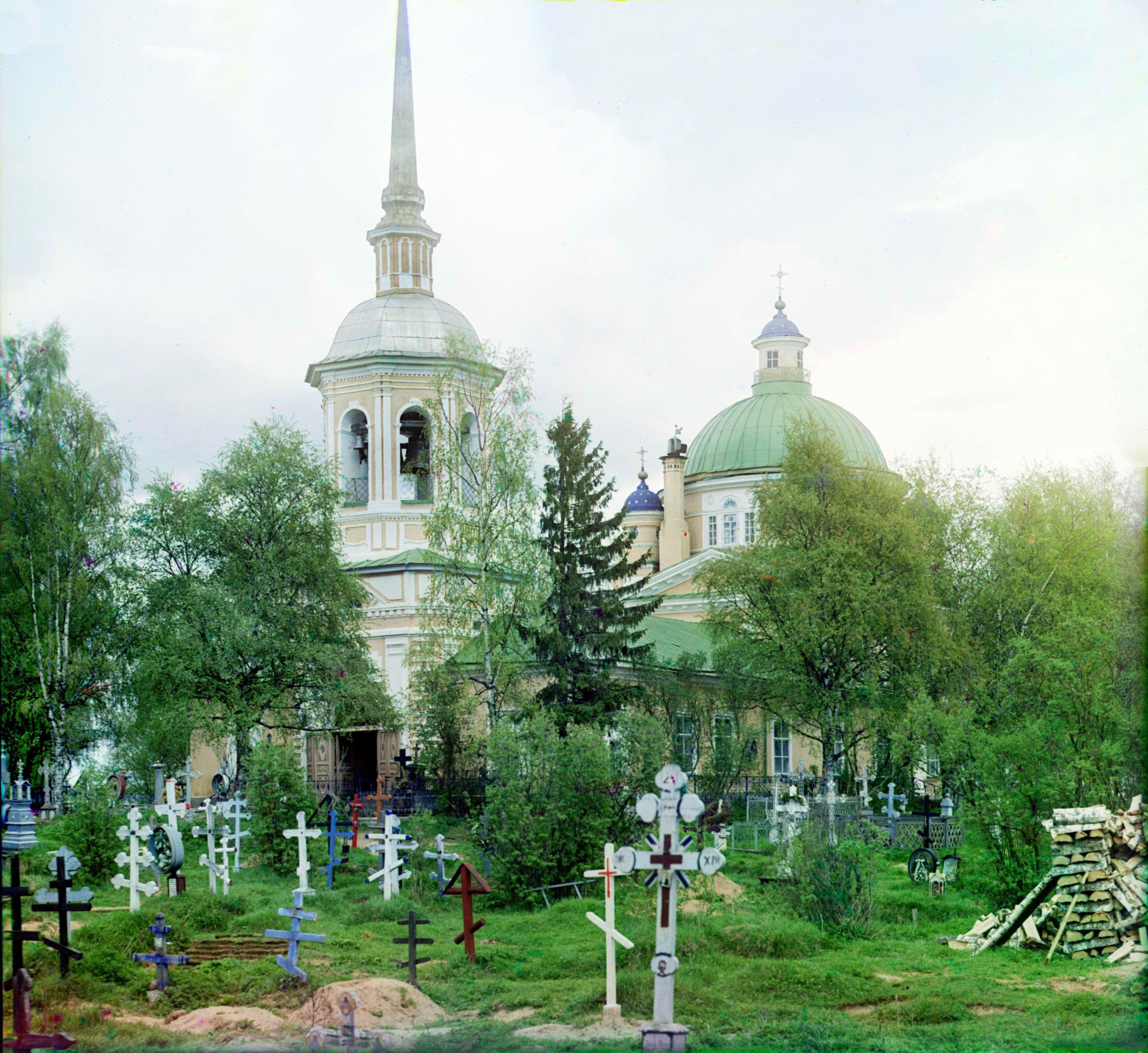 Кладбищенская Крестовоздвиженская церковь