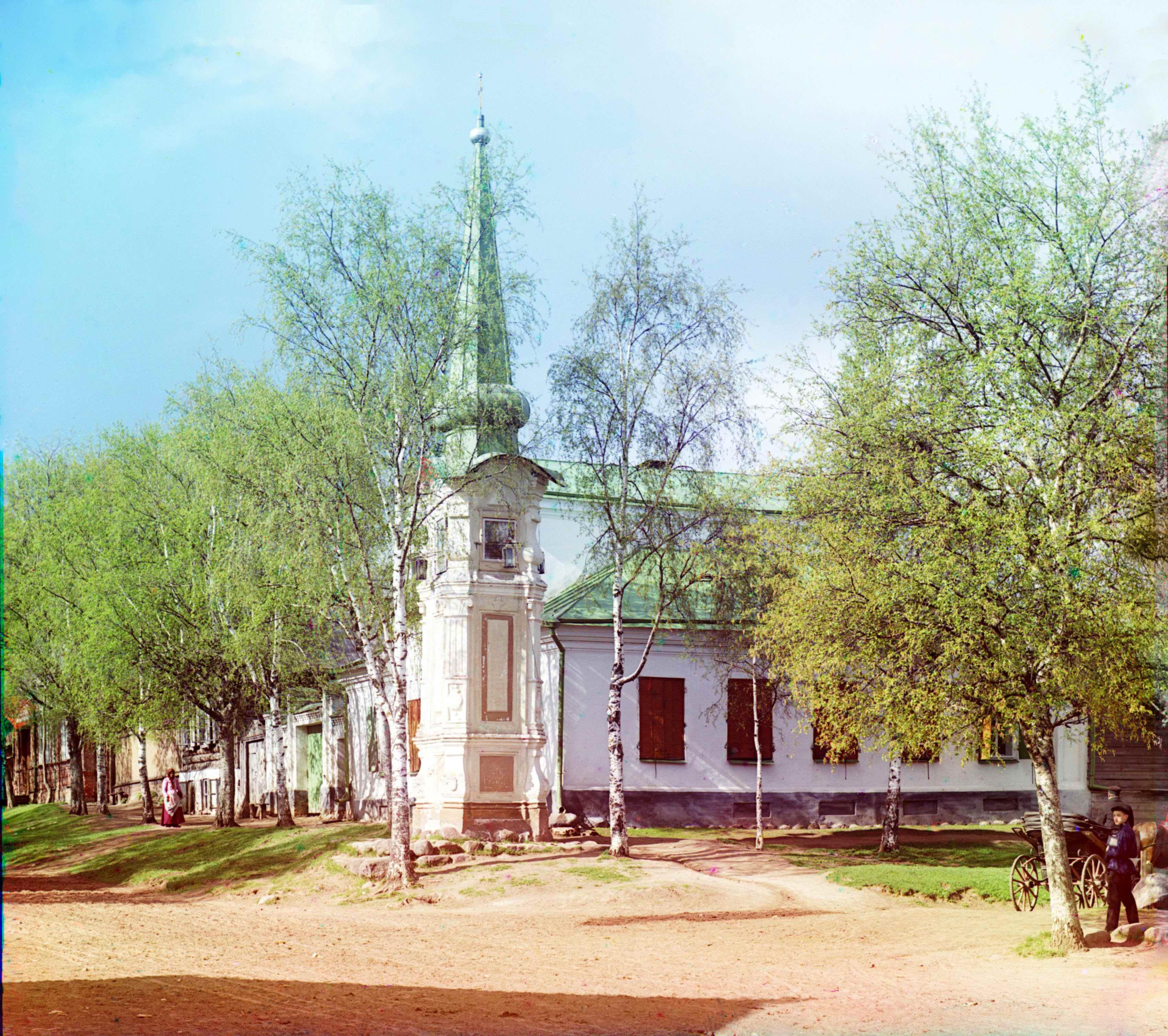 Смоленская часовня (Вальский столп) в Осташкове