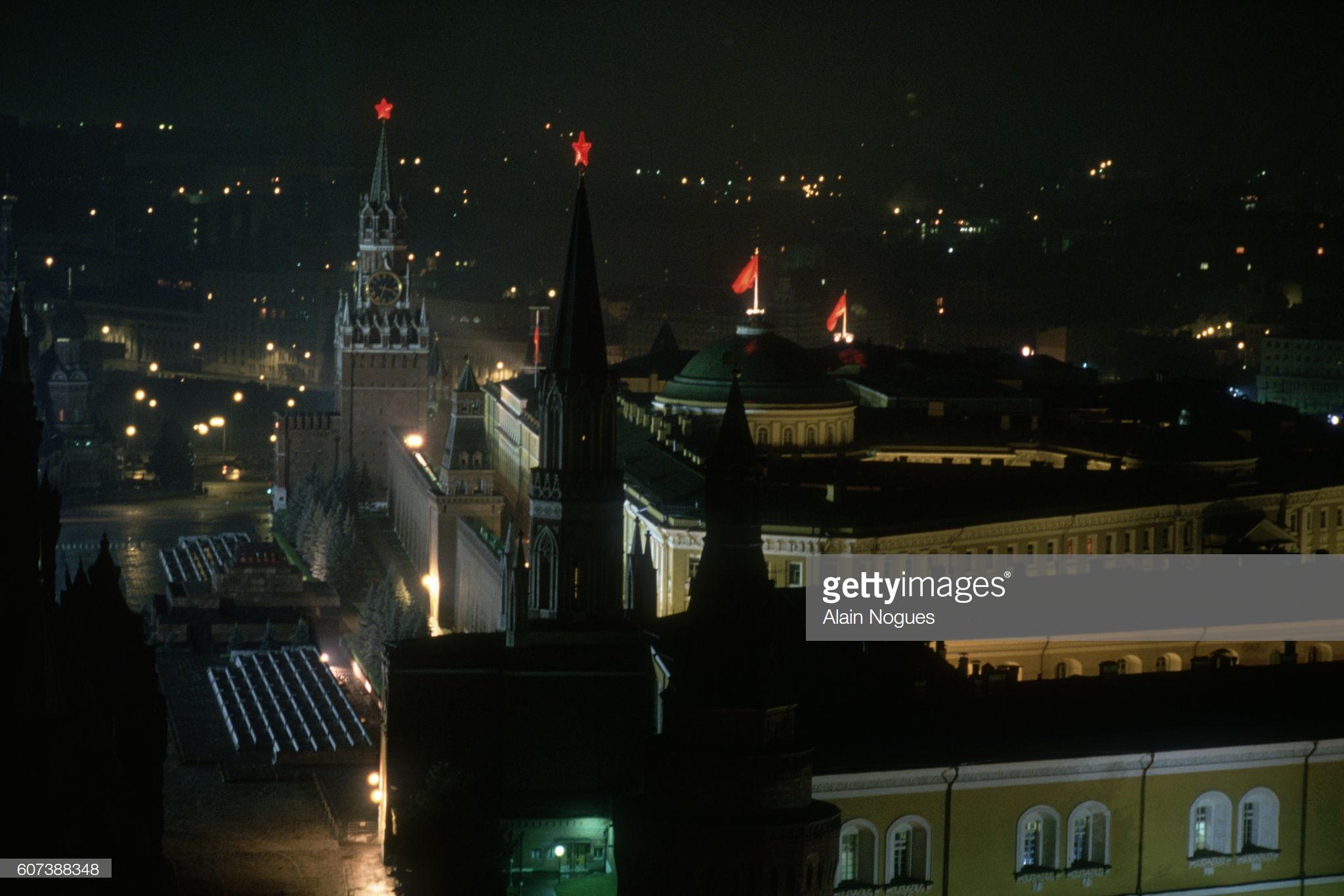 Кремль в первую ночь путча