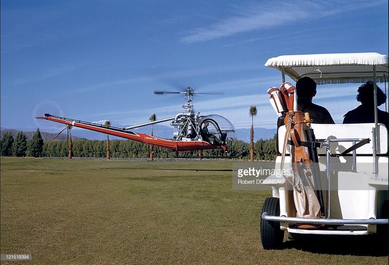 1960. Палм-спрингс. Вертолет на поле для гольфа