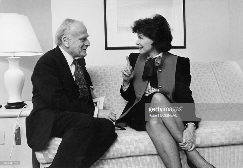 1986. Даниэль Миттеран со скрипачом Иегуди Менухином. 7 июня