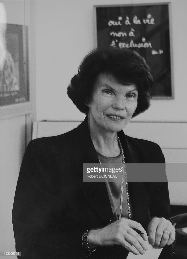 1989. Даниэль Миттеран, жена бывшего президента Франции Франсуа Миттерана