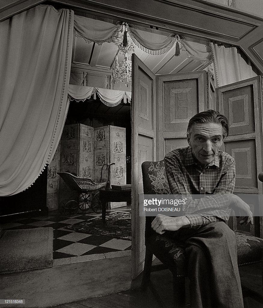 1960. Французский художник, гравёр и скульптор Жан Фотрие