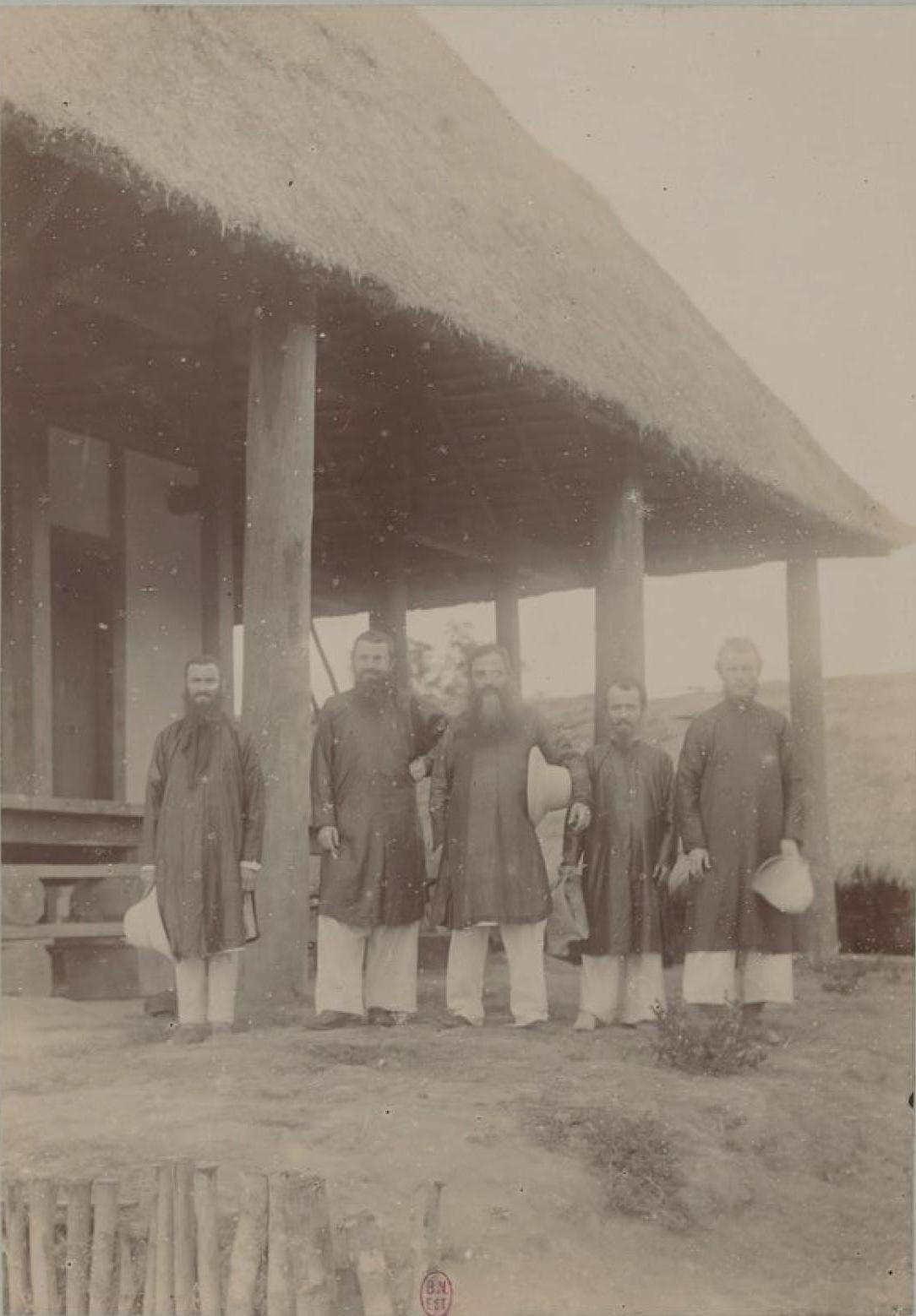 Католические миссионеры в Рунгао